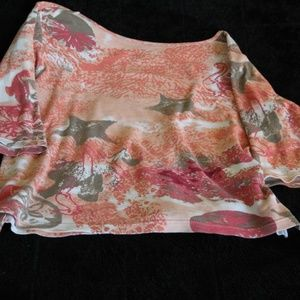 This Palm Grove  top seize M is gently used.